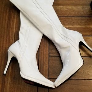 Chinese Laundry White Boots Size 7.5 M New